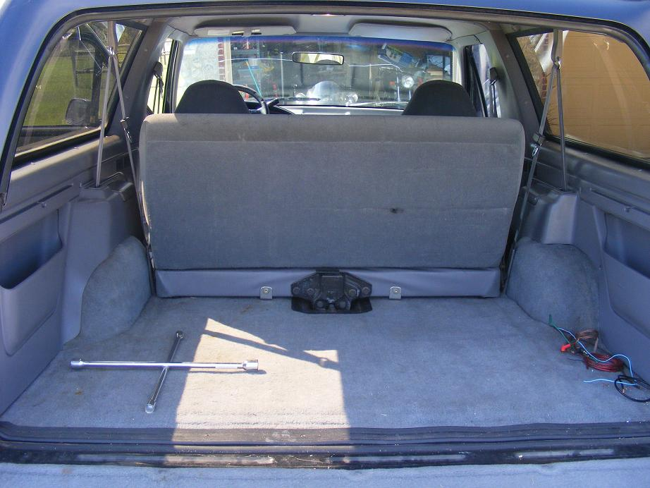 Difference Between 1991 Rear Seat 1992 Rear Seat Ford Bronco Forum